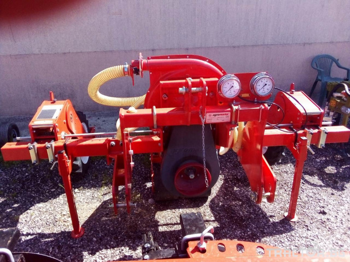 Машини за зеленчуци Agromaster Сеялка за зеленчуци 3 - Трактор БГ