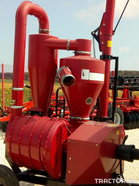 Обработка на зърно Пневматичен зърнотоварач 2 - Трактор БГ